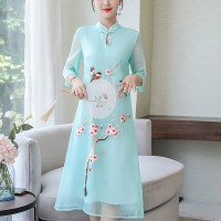 Stand Neck Thread Art Embroidery Midi Dress - Light Green