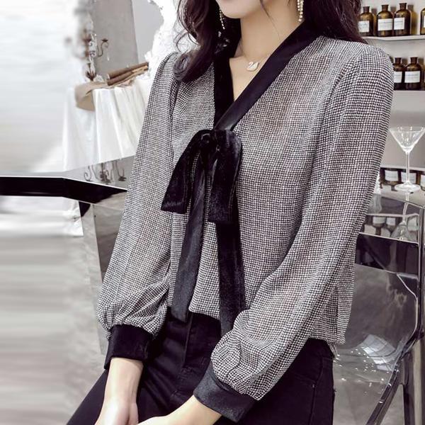 Knot Style V Neck Pattern Prints Shirt - Black And White