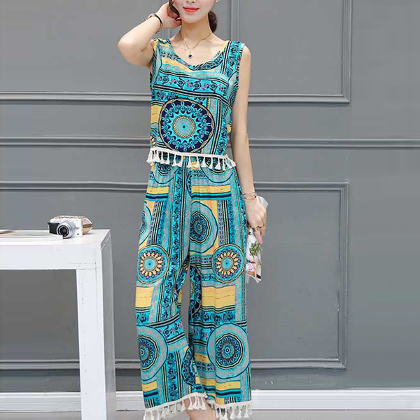 Summer Special Two Pieces Printed Beach Wear Suit - Green