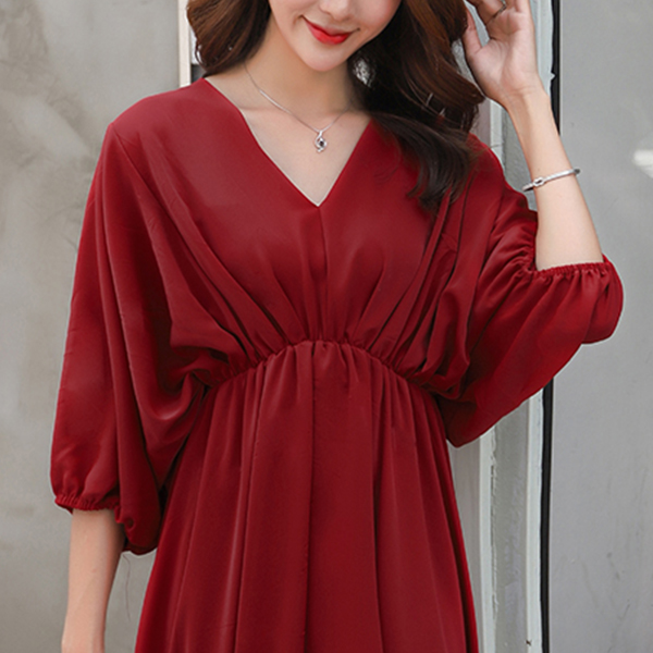 Chiffon V Neck Pleated Chiffon Midi Dress - Red