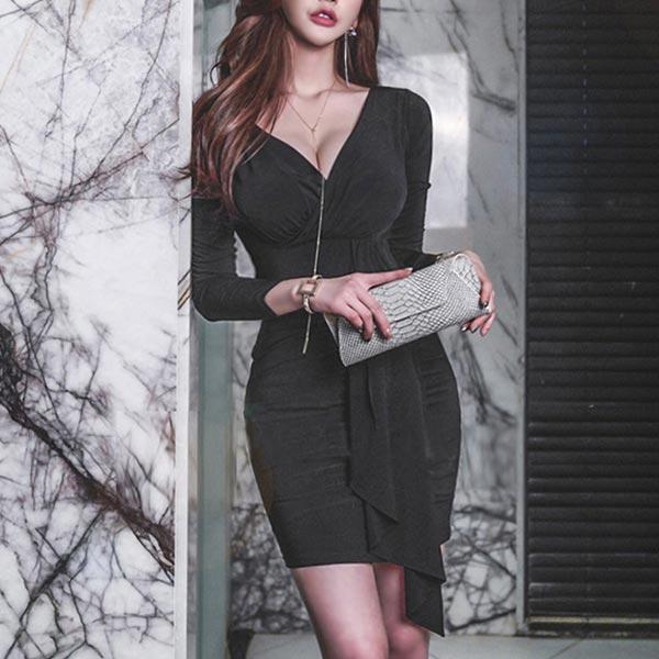 Body Fitted Long Sleeves V Neckline Dress - Black
