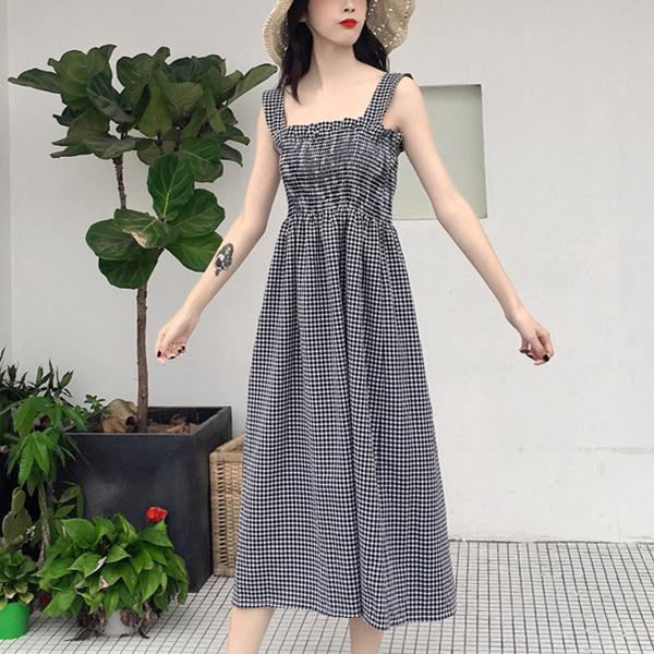Check Prints Elastic Bust Midi Dress - Black