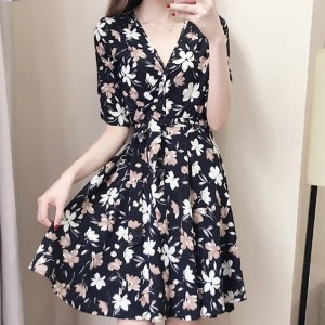 V Neck Printed Floral Half Sleeved Dress