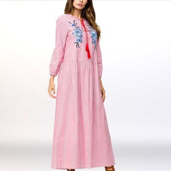 Embroidered Floral Tassel Loose Long Muslim Dress