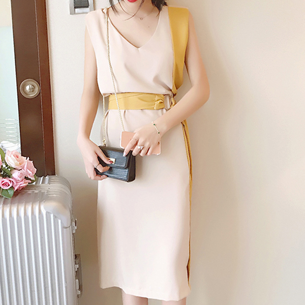 Waist Belt Contrast V Neck Sleeveless Formal Dress
