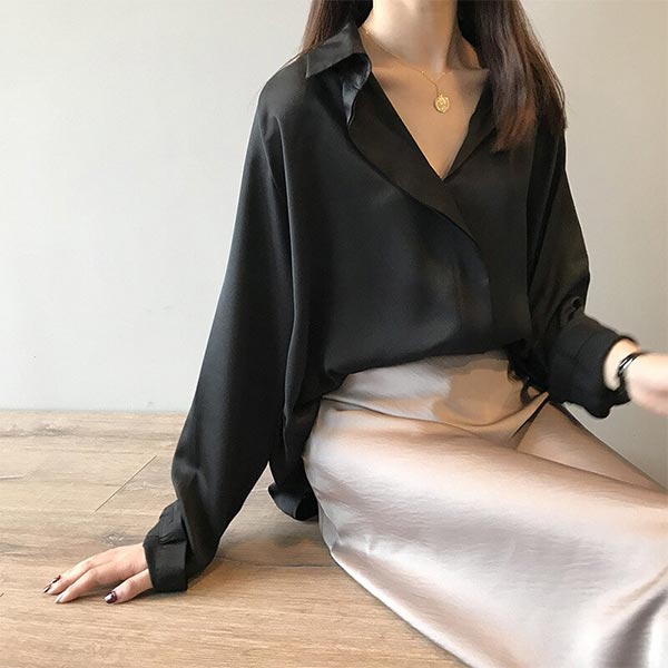 Casual Solid Chiffon Loose Deep V-neck Women Blouses - Black