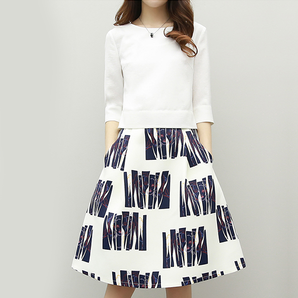 Boat Neck Printed Office Skirt With Solid Color Shirt