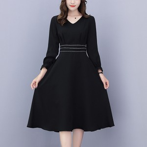 V Neck Full Sleeves Pleated Mini Dress - Black
