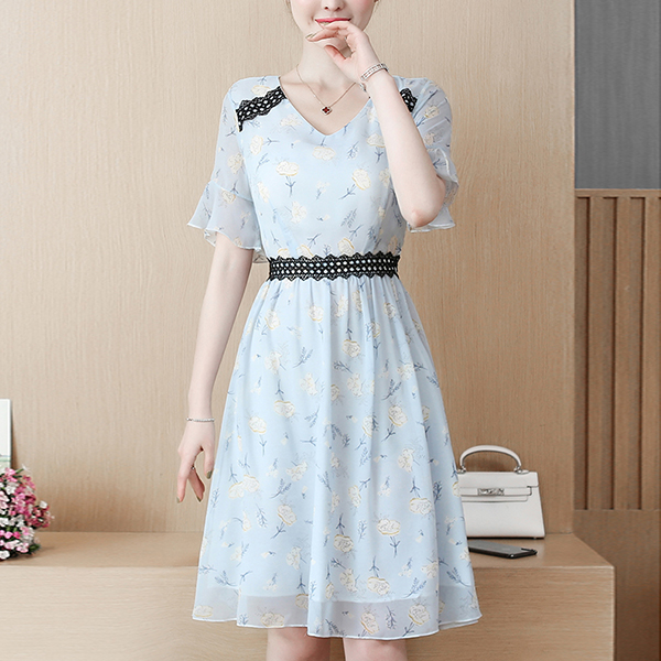 Chiffon Lace Patched Floral Prints Summer Dress - Sky Blue