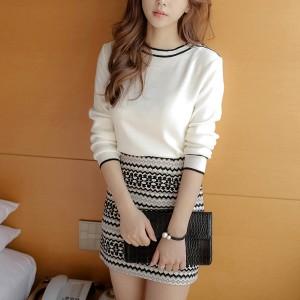 Short Skirt Long Sleeve O Neckline Two Piece Dress - White