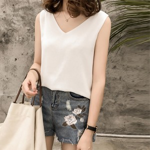 Sleeveless Solid Color V Neck Summer Top - White
