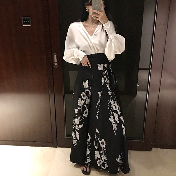 Pleated Printed Floral Casual Skirt - Black