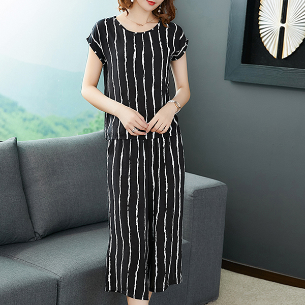 Two Pieces Printed Short Sleeves Casual Suit - Striped