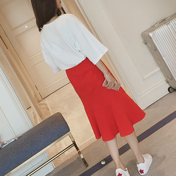 Printed T-Shirt With Plain Flared Skirt - Red