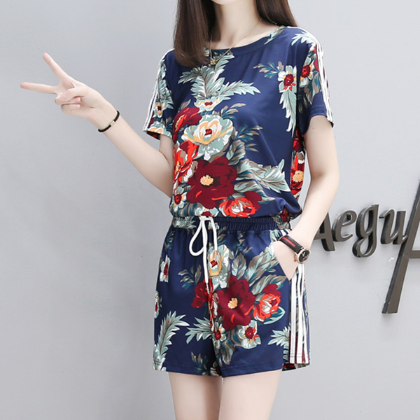 Floral Prints Two Pieces Top With Shorts Pant - Blue