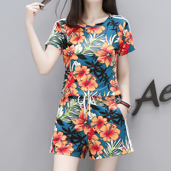 Floral Prints Two Pieces Top With Shorts Pant - Multicolor