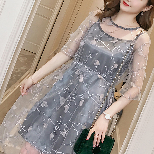 Net Embroidery Boat Neck Party Dress - Gray