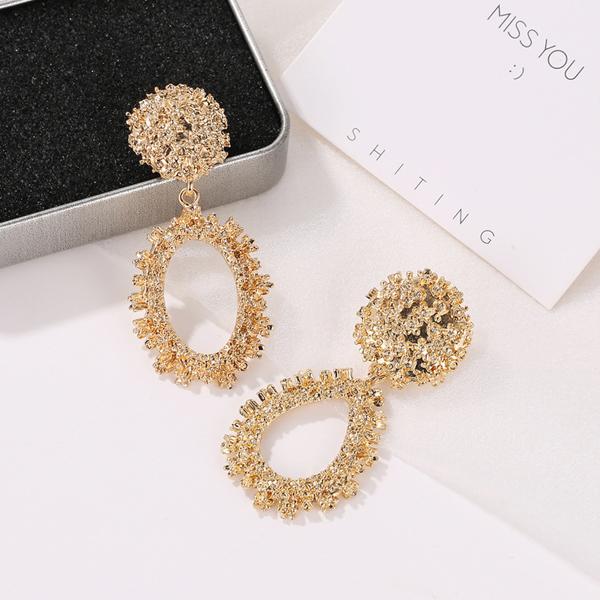 Retro Oval Shaped Frost Party Wear Earrings - Golden