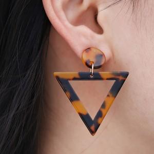Triangular Textured Spiral Earrings Set - Brown