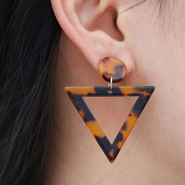 Triangular Textured Spiral Earrings Set - Brown