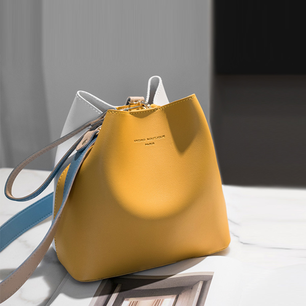 Drawstring Pouch With Magnetic Lock Handbags - Yellow