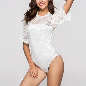 Half Sleeves Floral Texture Slim Night Lingerie - White