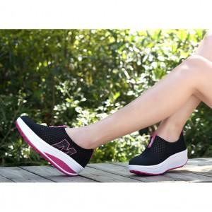 Heavy Bottomed Slip-On Women Mesh Sport Shoes Black