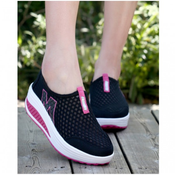 Heavy Bottomed Slip-On Women Mesh Sport Shoes Black