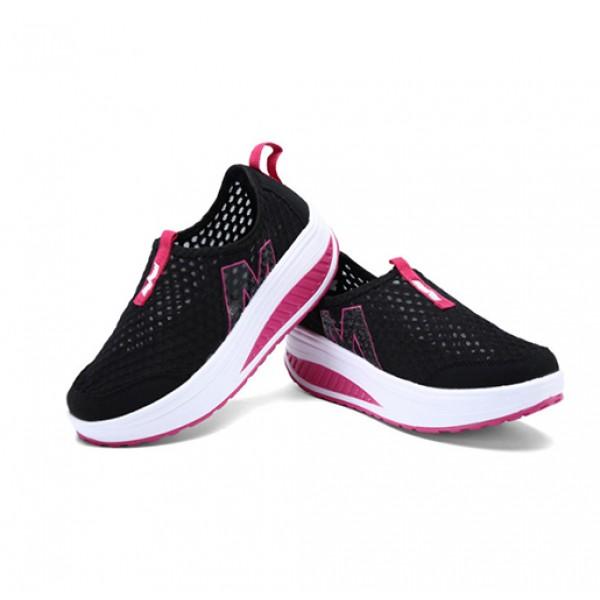 heavy bottomed slip on mesh sport shoes black