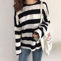 Stripes Pattern Long Sleeves Female T-Shirt - Black and White