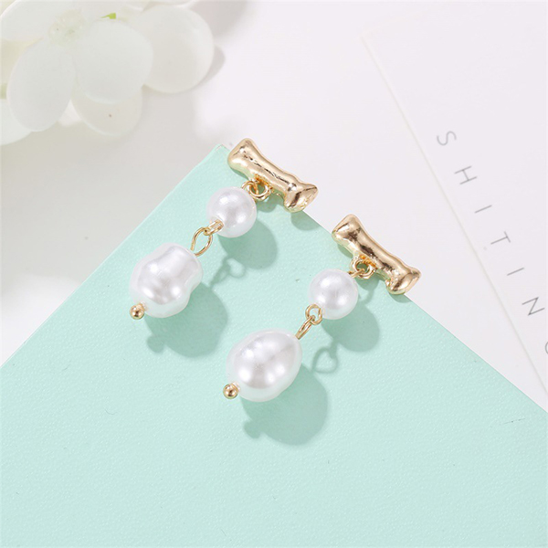 Double Pearl Gold Plated Ear Tops