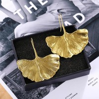 Maple Leaf Creative Gold Plated Ginkgo Leaf Earring - Golden