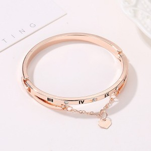 Gold Plated Bangle Style Chain Bracelet
