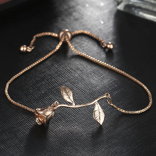 Rose And Leaf Patched Rope Bracelet - Gold Plated
