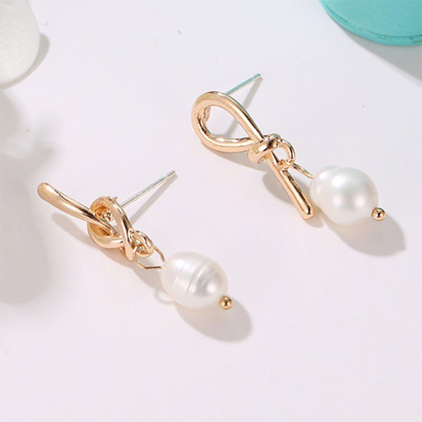 Mould Trendy Fashion Gold Plated Pearl Ear Tops