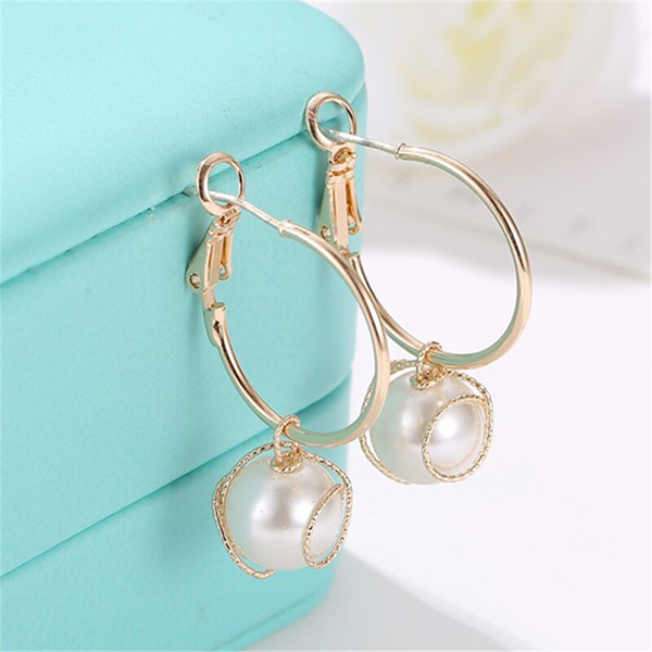 Wrapped Pearl Gold Plated Party Ear Jewellery Tops