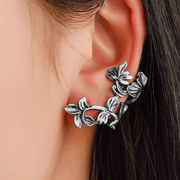 Engraved Floral Ear Bone Luxury Clip - Silver