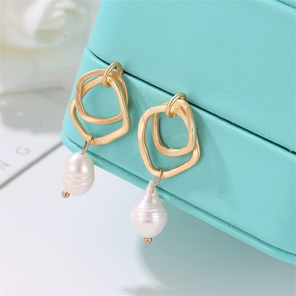 Pearl Geometric Gold Plated Earrings Pair