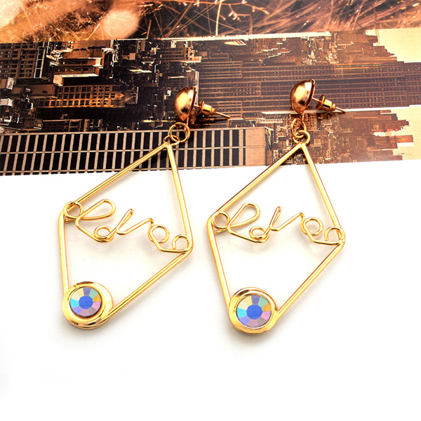Geometrical Design Love Crystal Earrings Pair - Multicolor