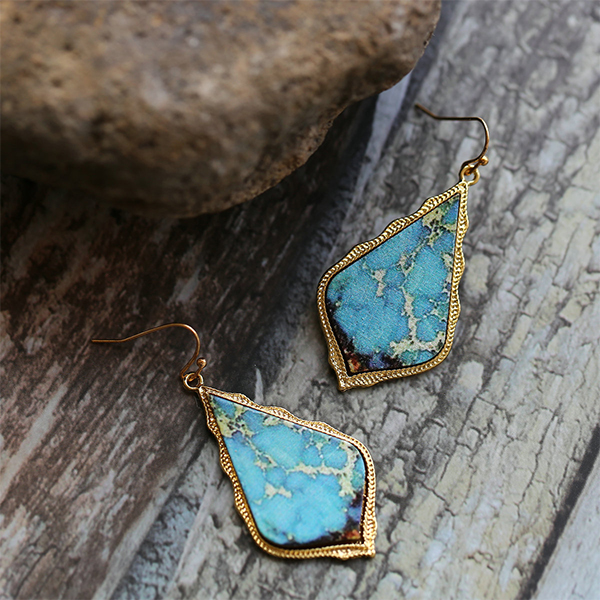 Rhinestone Patched Gold Plated Ear Tops Pair - Blue
