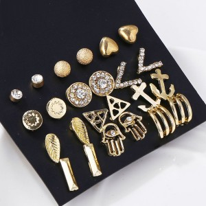 Twelve Pieces Engraved Crystal Ear Tops - Golden