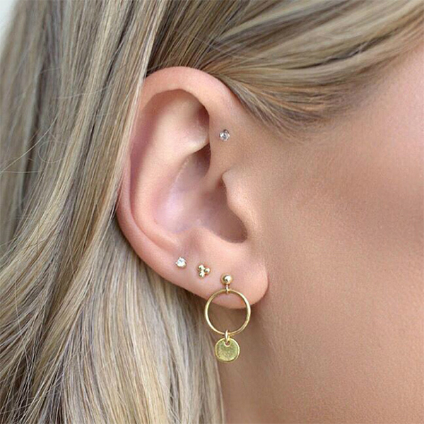 Four Pieces Crystal Stud Ear Tops Set