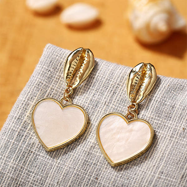 Heart Shaped Gold-plated Shell Acrylic Earrings