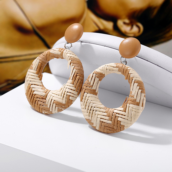 Checks Textured Spiral Casual Earrings - Apricot