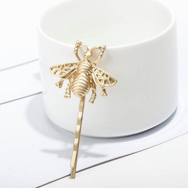 Bee Engraved Casual Use Hair Clip - Golden