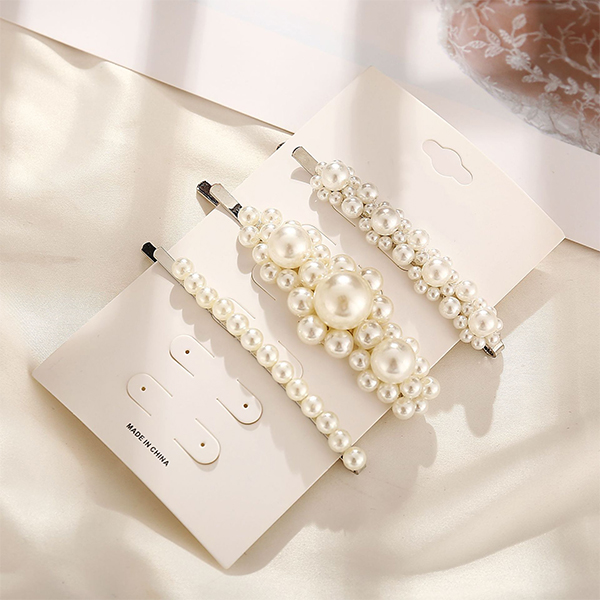 Decorative Pearls Three Pieces Hair Clips Set