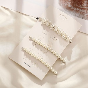 Three Pieces Decorative Pearls Hair Clips Set