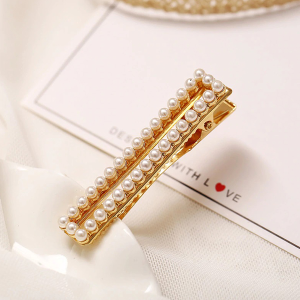 Pearls Patched Square Golden Hair Clips