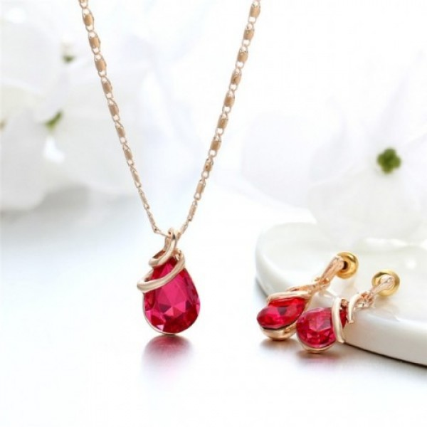 Pink Rhinestone Gold Plated Chain Jewelry Set