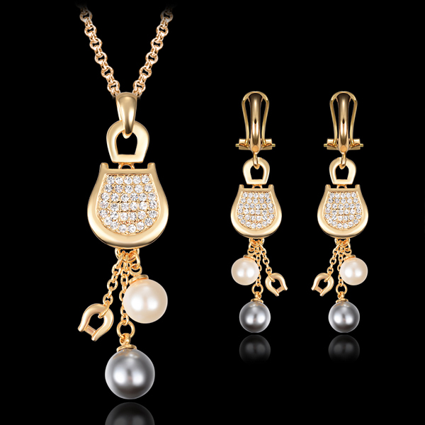 Apricot Rhinestone And Crystal Jewellery Set
